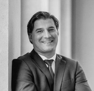Dr. Christof Kiesgen, Busse & Miessen Rechtsanwälte